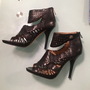 Boutique 9 Laser Cut High Heel Booties Size 6